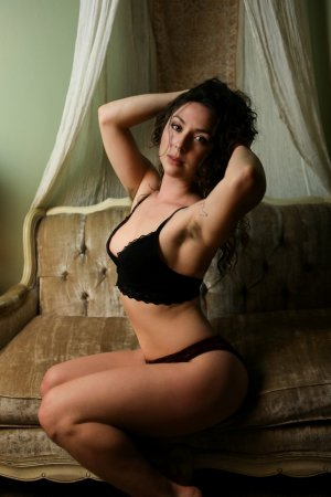 Laury-ann nuru massage in Burley