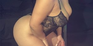 Izabela massage parlor in Shawnee