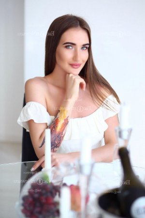 Esterina erotic massage