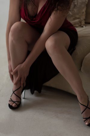 Aurelya nuru massage in Marlboro Village